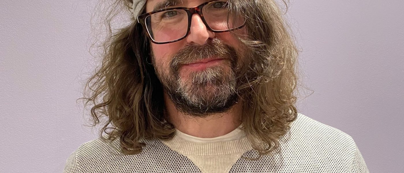Ep43: Lou Barlow (Sebadoh / Dinosaur Jr / The Folk Implosion) on building a body of work…however the fuck he wants to